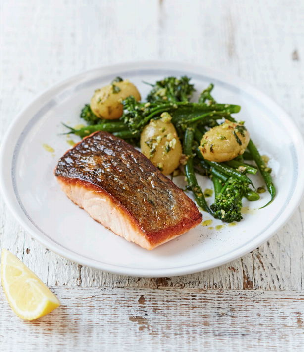 salmon_pesto_veggies_jamie_oliver